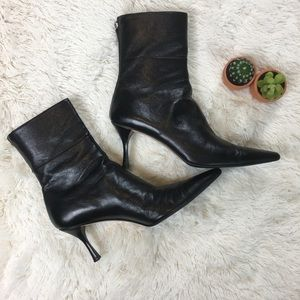 Gucci • Ankle Heeled Leather Boots 11B